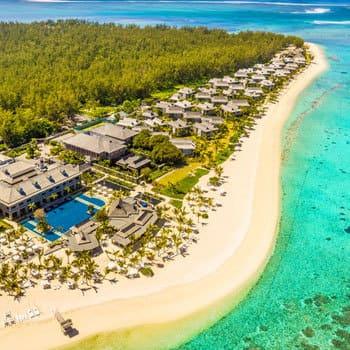 Ile Maurice : vue de la plage de l'hôtel Saint regis